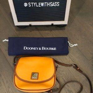 NWOT Dooney & Bourke Leather Cross Body Bag